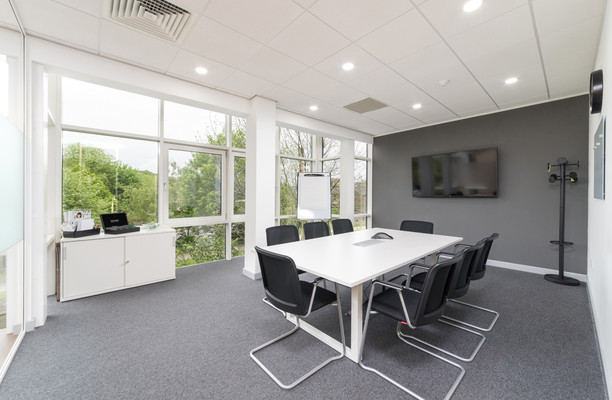 Salts Mill Road BD17, BD18 office space – Meeting/Boardroom.