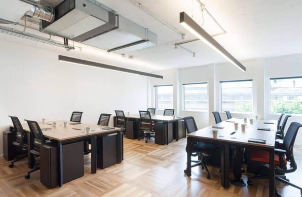 Harp Lane EC4 office space – Private Office (different sizes available).