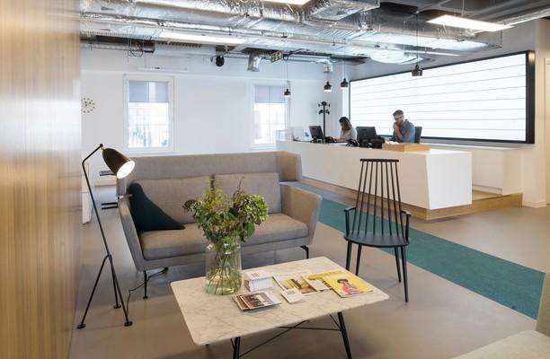 Trafalgar Place office space – Reception