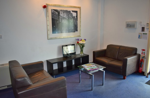 Chantry Court CH1 office space – Reception