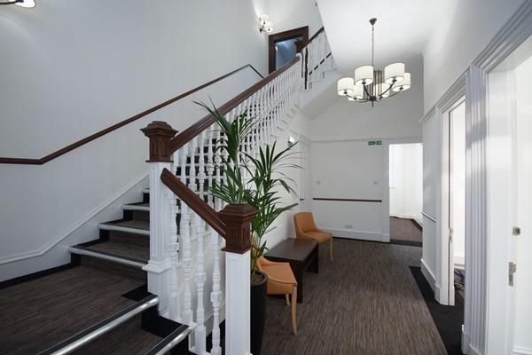 Queen's Gardens AB10 office space – Hallway