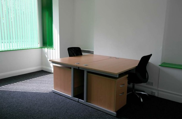 Eastern Road RM1, RM13 office space – Private Office (different sizes available).