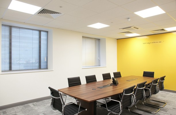 Clippers Quay M2 office space – Meeting/Boardroom.