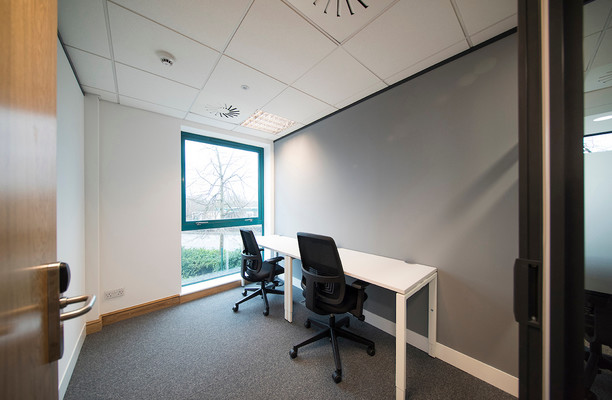 Bristol Road South B1 office space – Private Office (different sizes available).