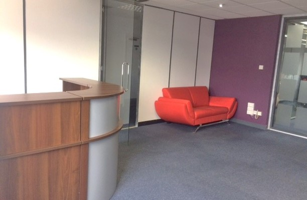 Minerva Road NW10 office space – Reception