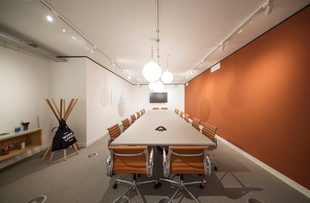 Charter Place UB8 office space – Meeting/Boardroom.