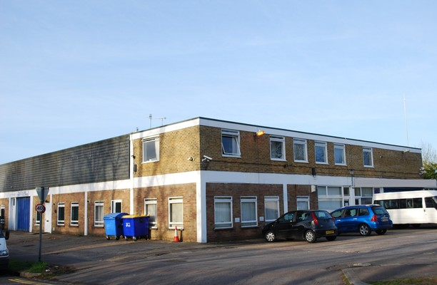 Povey Cross Road RH5 office space – Building External