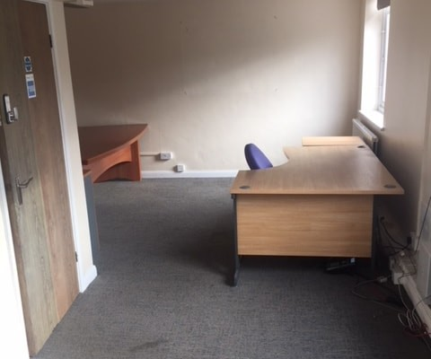 Povey Cross Road RH5 office space – Private Office (different sizes available).