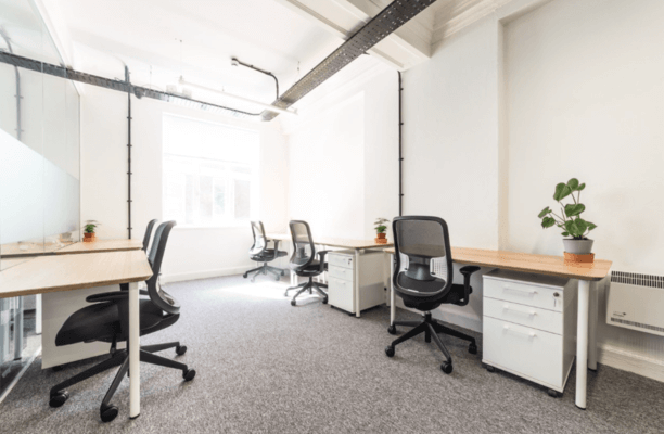 Oxford Street W1 office space – Private Office (different sizes available).