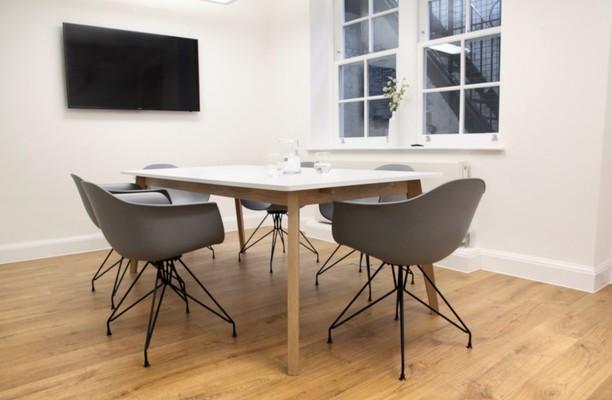Margaret Street W1 office space – Meeting/Boardroom.