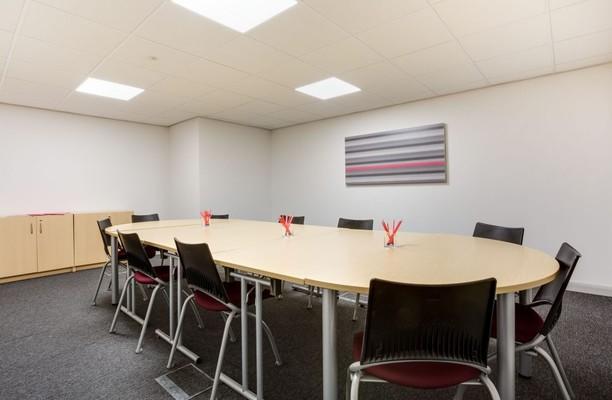 Silver Street Head S1 office space – Meeting/Boardroom.