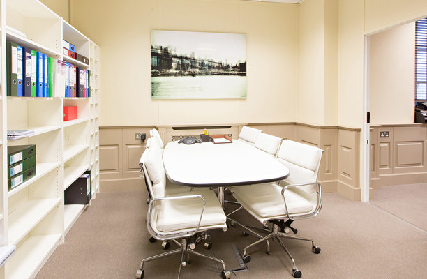 Kensington Church Street W8 office space – Meeting/Boardroom.