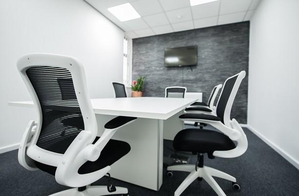 Coop Place BD1 office space – Meeting/Boardroom.