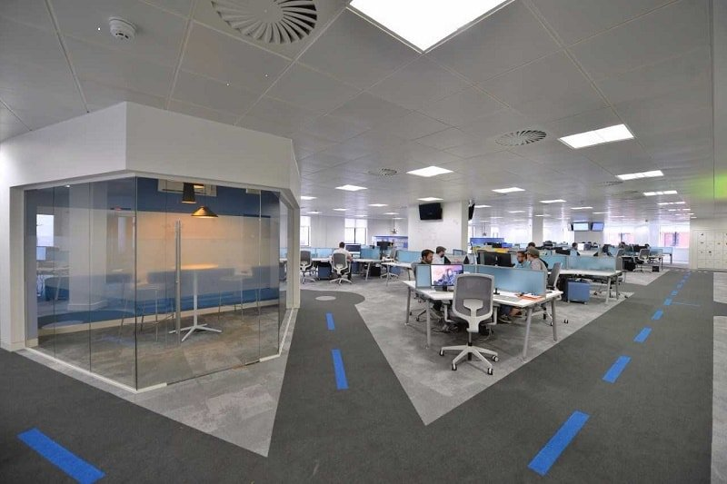 Diamond Business Interiors